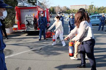 平成29年度消防訓練(夜間想定)